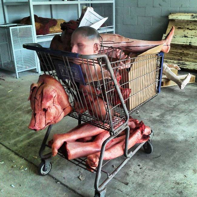 Who lost their shopping cart full of body parts?