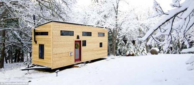 Andrew and Gabriella Morrison built their house for only $33,000, including the cost of appliances.